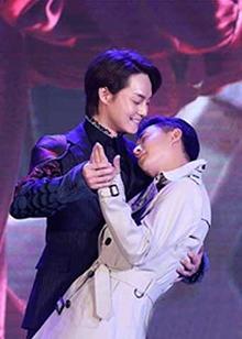 《大侦探霍桑》发布会 尹正怀抱韩庚变耍宝侦探