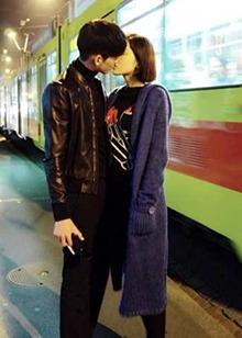 """""""520""""明星秀恩爱哪家甜?  张杰谢娜刘诗诗吴奇隆娜扎张翰把恋爱谈成偶像剧"""